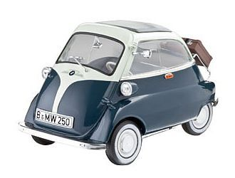 bmw isetta 250 diecast model car revell 08469 1 18 scale. Black Bedroom Furniture Sets. Home Design Ideas