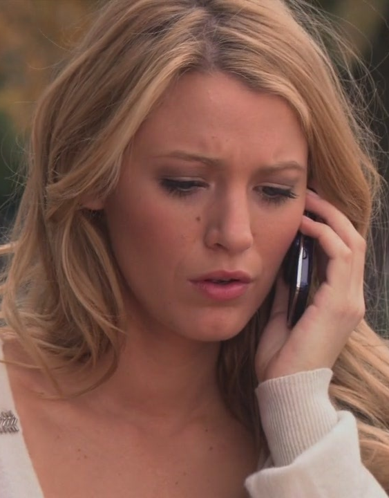 If Blake Lively had REALLY wanted this Gossip Girl moment to stay secret, she did a bad job