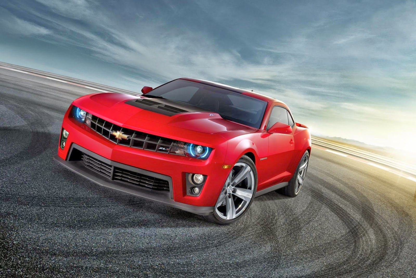 Automotive: Automotive Advertising Agencies Focus on People Using Social  Media Vs Product or Price