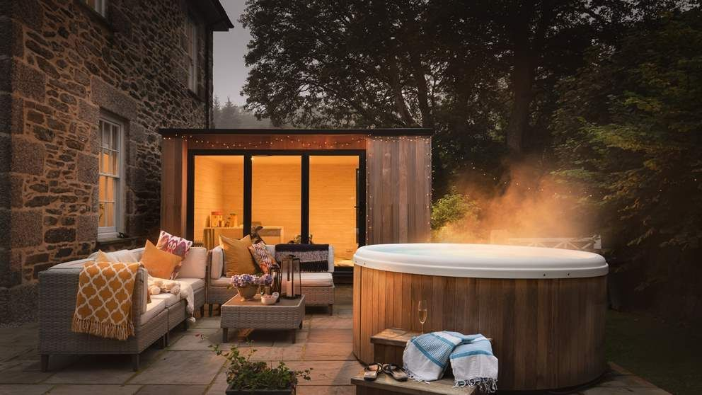 Spend Magical December Evenings In The Hot Tub At Home Farm Making Unforgettable Festive Memories Luxury Cottage Luxury Holiday Cottages Holiday Cottages Uk