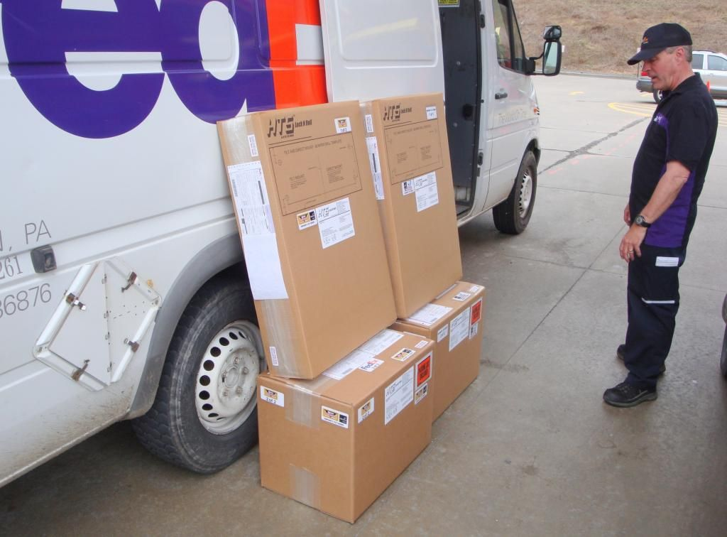 Contentious Fedex Fight Is A Pr Albatross Delivery Public Relations Books The Unit
