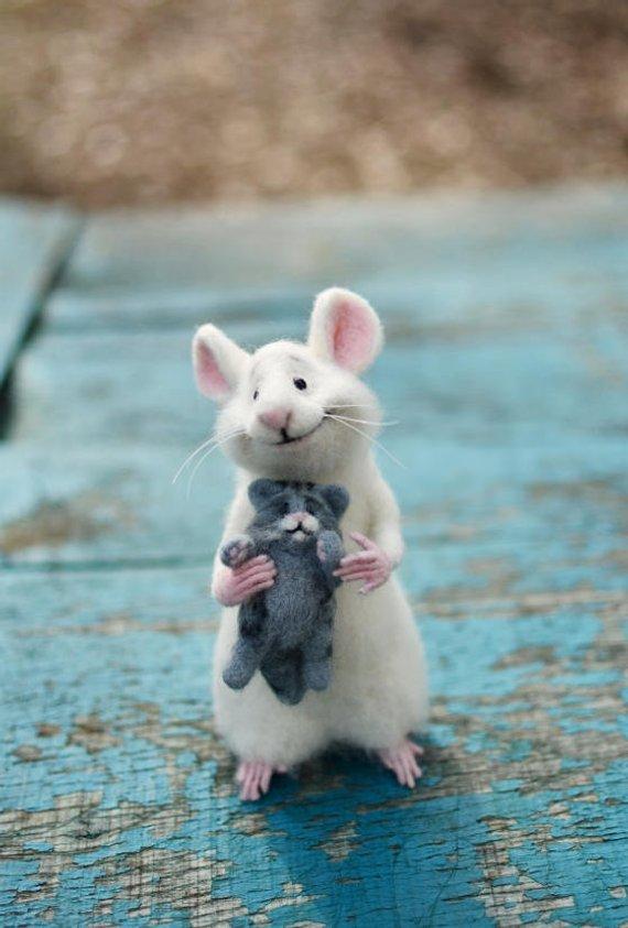MADE TO ORDER! Nadel Filz Maus Maus und Katze Sammlerpuppe Soft Maus Felt Katze Felt Kitzel-Maus-Maus weiß graue Kätzy-Weiße Ratte #kittycats