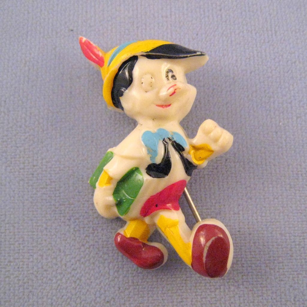 Walt Disney's Pinocchio Plastic Pin 1940s Walt disney