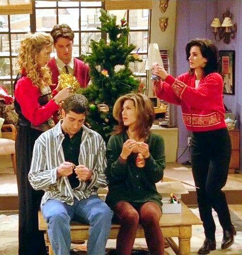 Friends Putting Up Christmas Tree Friends Moments Friends Tv Friends Show