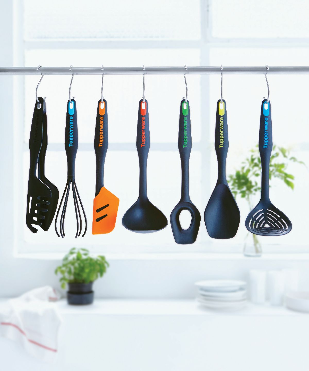 From Our Silicone Spatula To Our Tongs You Ll Have Every Tool You Need In Your Kitchen With Our Kitchen Tool Set Tupperware Party Furniture Kitchen Tool Set
