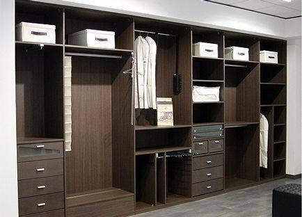Vestidor vanity room closet pinterest vestidor for Diseno de placares