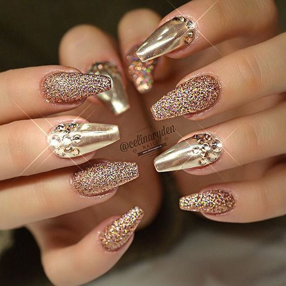 Sparkling gold nails nails nail art manicure gold nails glitter ...