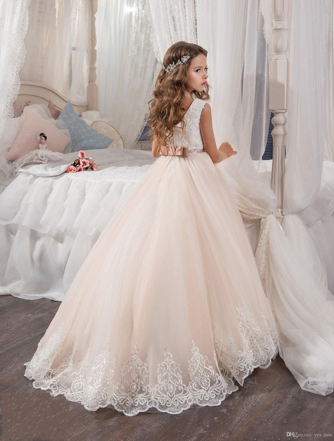 Wedding dress for pear shaped  Kids Dresses for Weddings  Best Wedding Dress for Pear Shaped Check