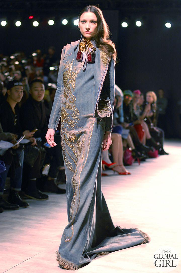 Front Row The Global Girl New Yorkin muotiviikoilla: Lee Jean Youn kuuluvat talvella 2014 kiitotien kokoelma.