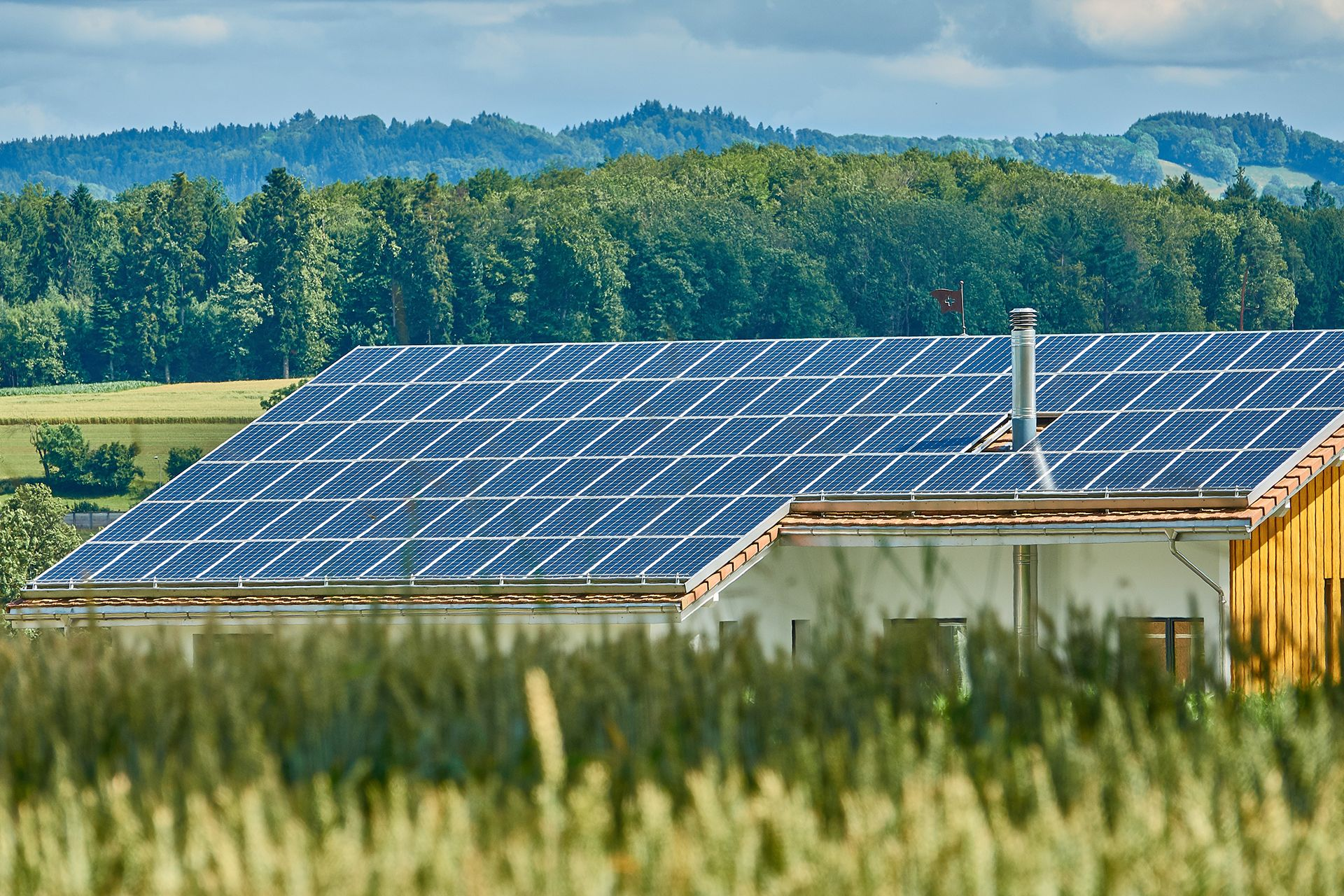 Solar Power System Suppliers In Kerala 1kw Solar Distributors In 2020 Solar Panels Solar Installation Solar Panel Installation