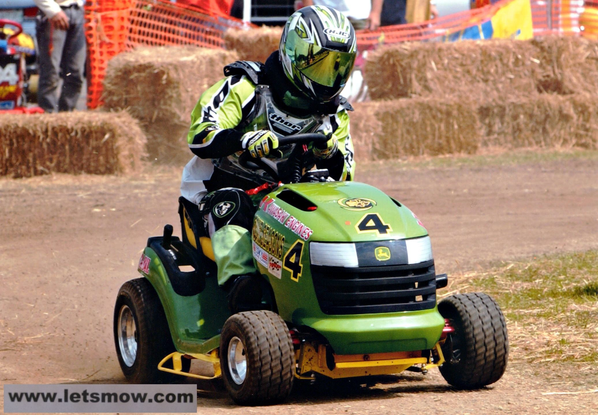 Sta Bil Lawn Mower Racer Jayson Mikula In Action Lawn Mower Racing Tractor Idea Lawn Mower