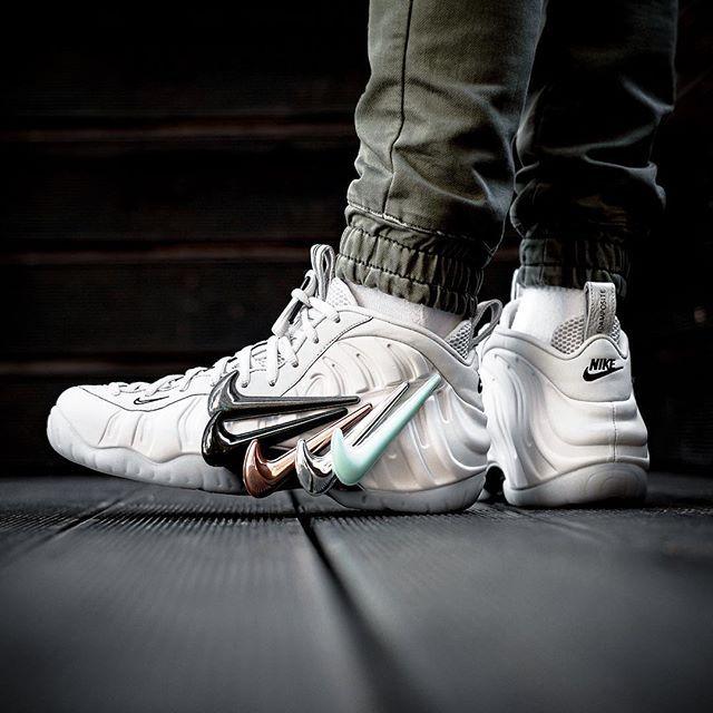 NIKE AIR FOAMPOSITE PRO QS - RELEASE Febbraio 16 February H 00.01 in store  online 22200 @sneakers76 store online ( link in bio ) #nike #foamposite ...