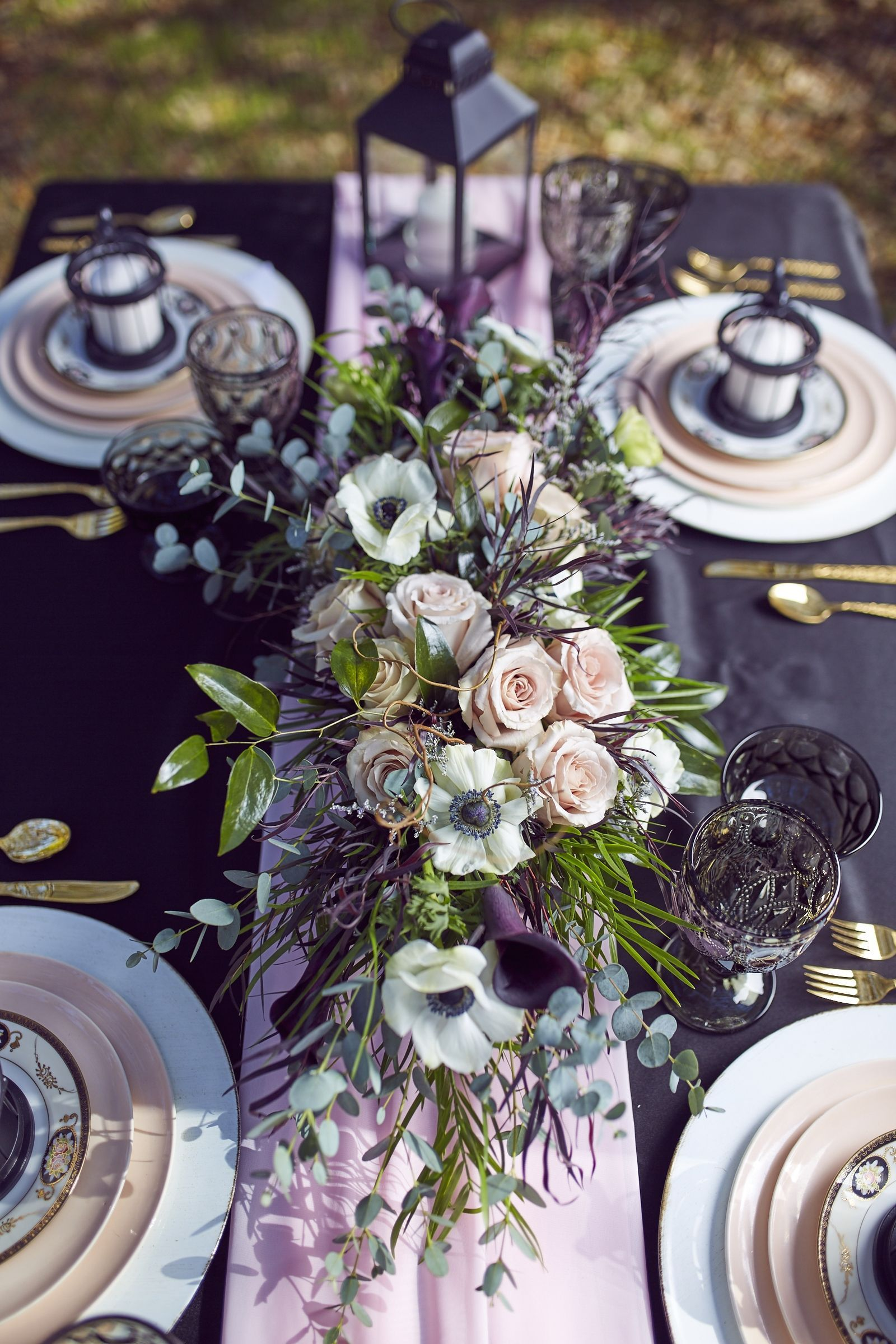 These PicturePerfect Wedding Flowers Make the Case for an
