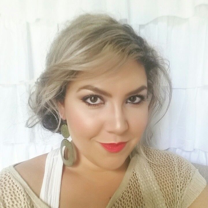 Red Lips (Too Faced Melted Lipstick) - aPGlife