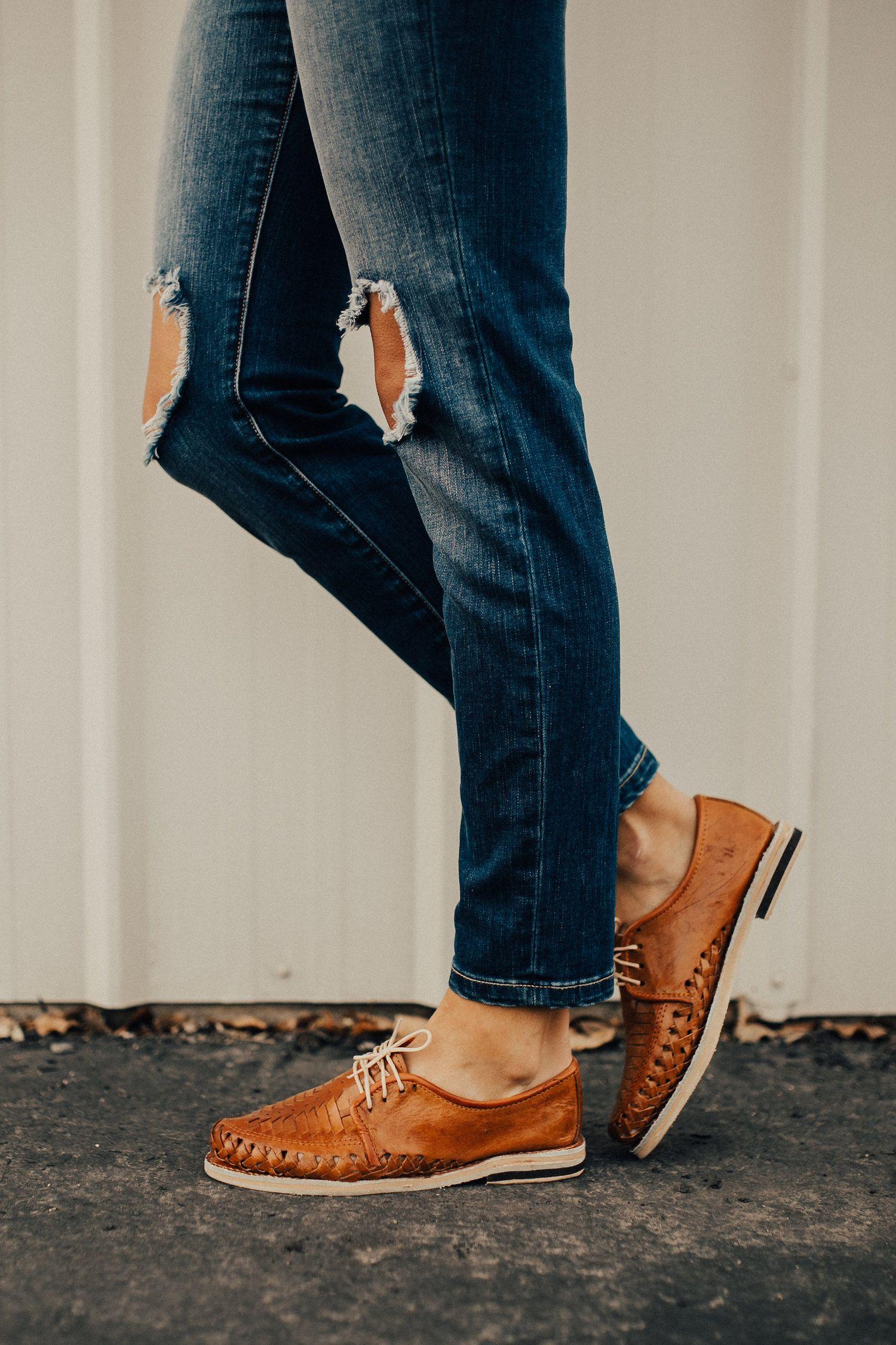 d655e2688f86 Leather Close Toed Sandals