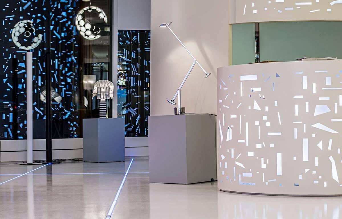 Matteoli Mobili ~ Tizio table lamp white finish is gorgeous! #design richard sapper