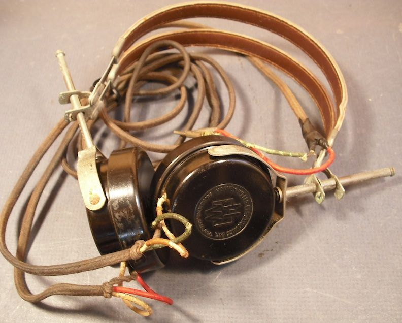 Electrical equipment : 1950s electrical wiring - yogabreezes.com