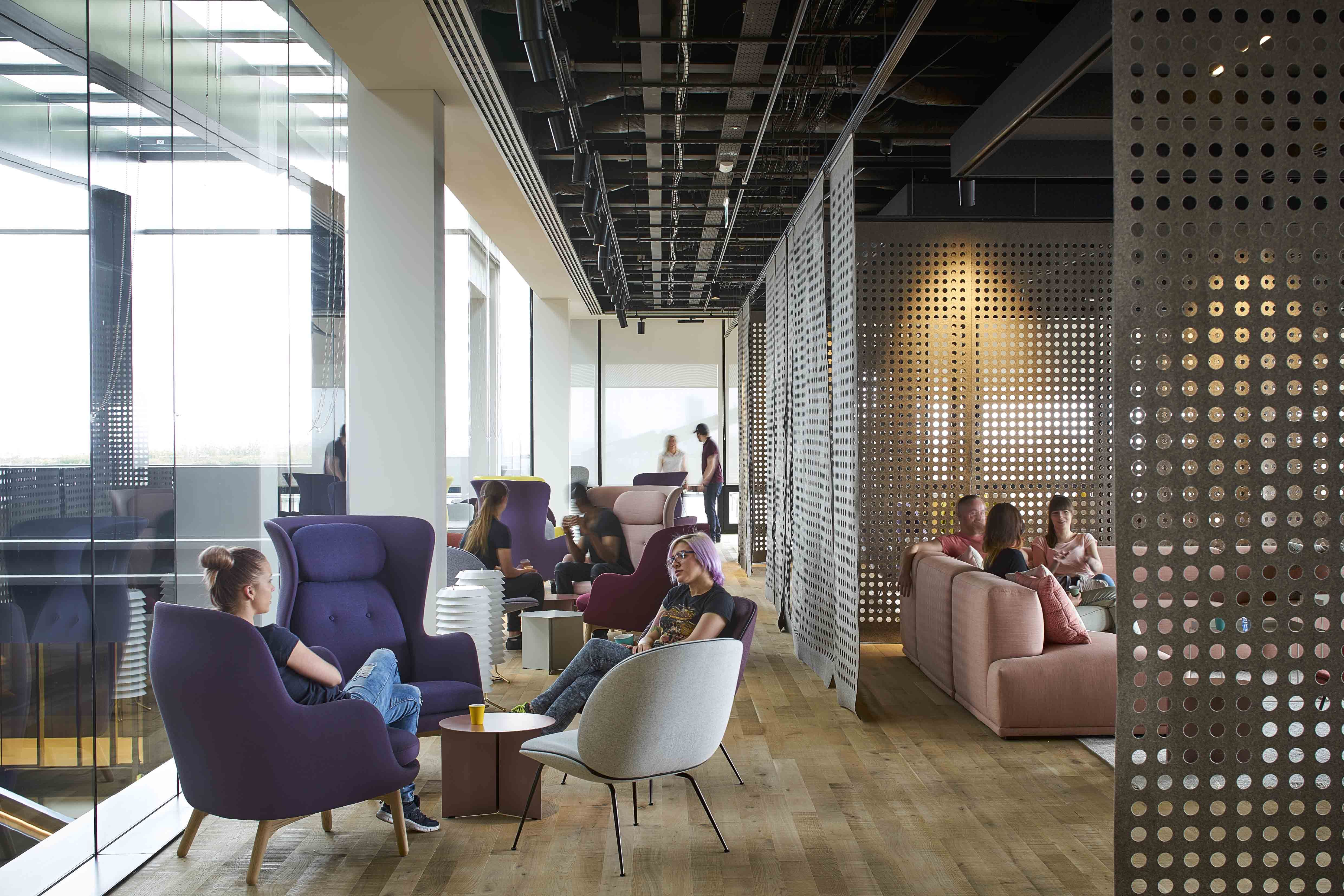 google office spaces. Google\u0027s King\u0027s Cross Office: Modular Meeting Rooms And Bowie-inspired Breakout Spaces - Design Google Office