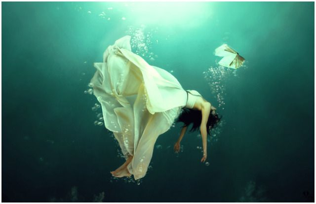 Genial Falling Picture (2d, Fantasy, Girl, Beautiful, Underwater)