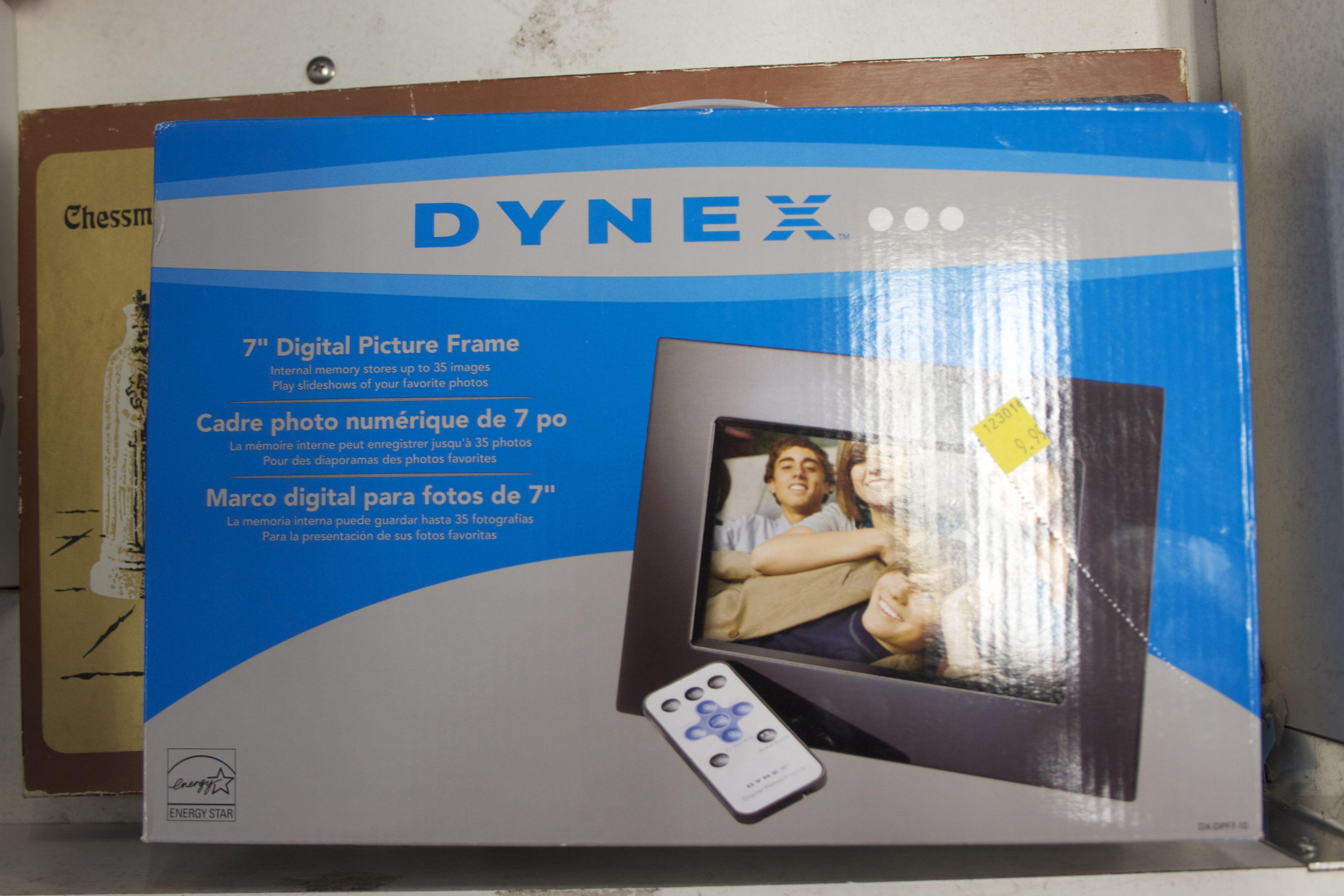 Dynex 7\