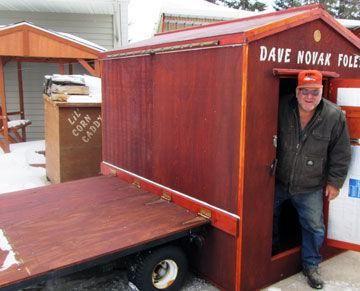 Foley man creates innovative fishing shelter