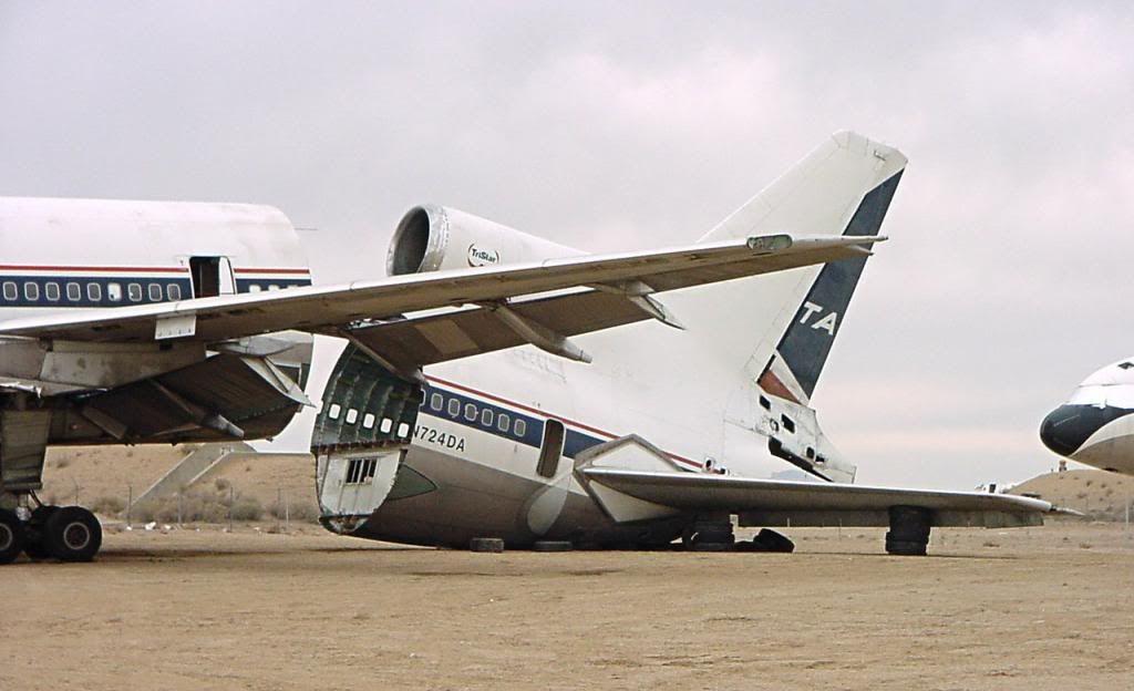 Crash of a Lockheed L-1011 TriStar in Lyon | B3A Aircraft ...