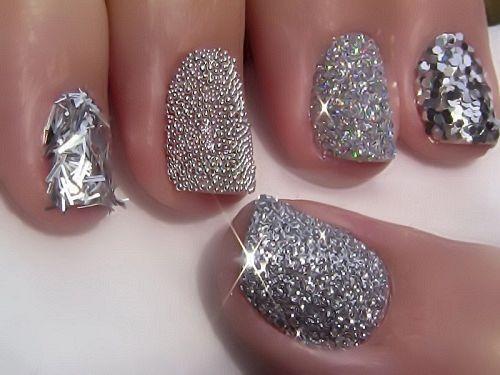 60+ New Metallic Nail Art Design Trends | Metallic nails, Winter ...