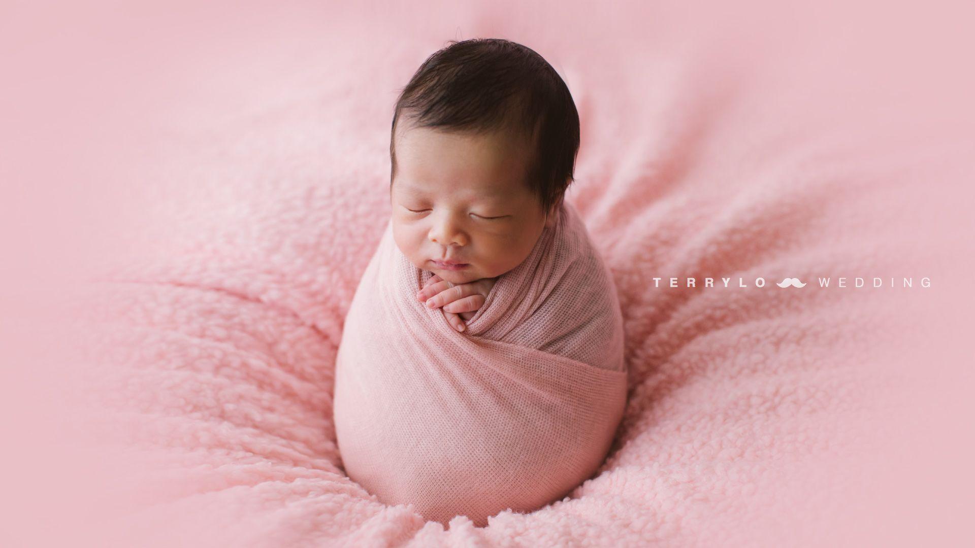 Newborn newbornhk hong kong hk photographer newborn photography family portrait baby maternity