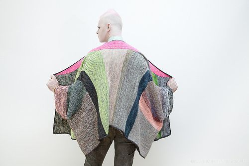 Marled Madness pattern by Stephen West   Poncho muster, Muster und ...