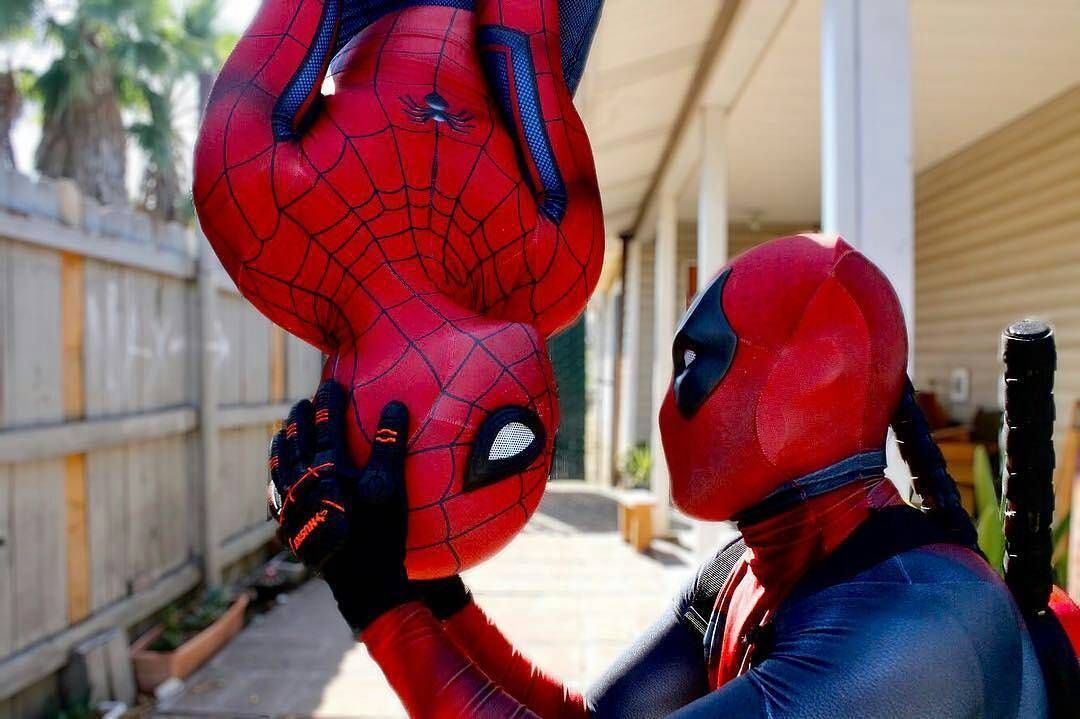 CAPTION THIS! YOO PLS checkout n follow lovely badasses @olivervue @chaikrizzle23 Suit: @zentaizone Pattern: @brandonogilberto #spiderman #spidey #spidergwen #cosplay #cosplayer #cosplayers #model #spideycosplay #spiderverse #marvel #marvelcosplay #marvelcomics #menofcosplay #avengers #captionthis #photography #like #edit #actors #hero #marvellegends #comiccon #photooftheday #LACC #spidermancosplayer #movies #deadpool #fox