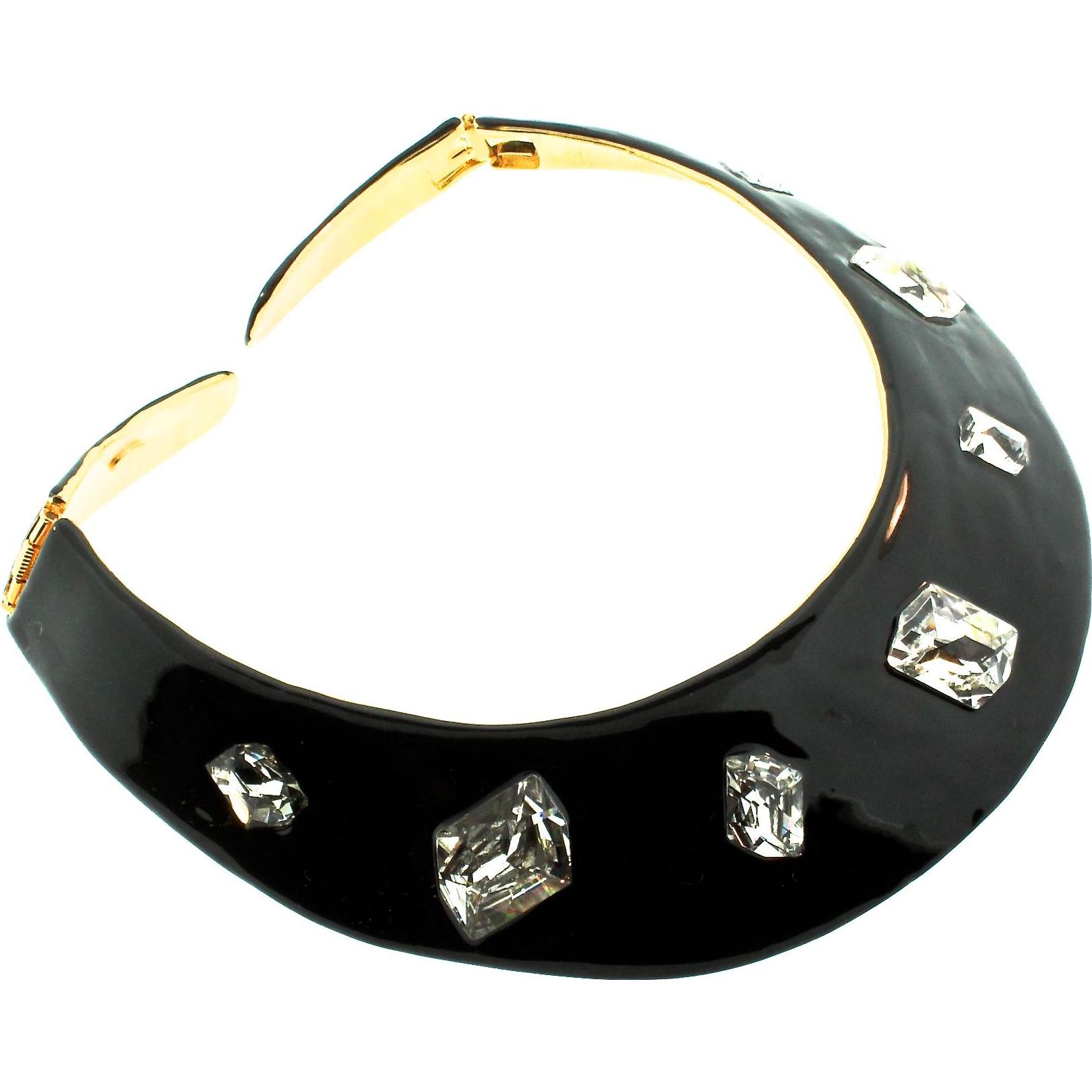 Kenneth Jay Lane Black Enamel Crystal Flower Necklace Gold/black hx0olKg8m