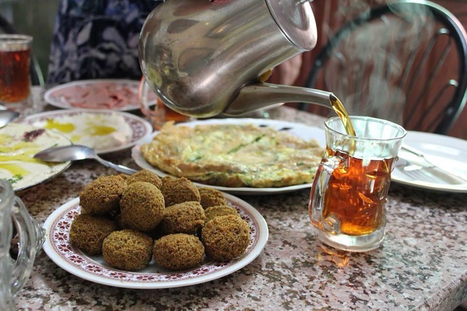 falafels and tea