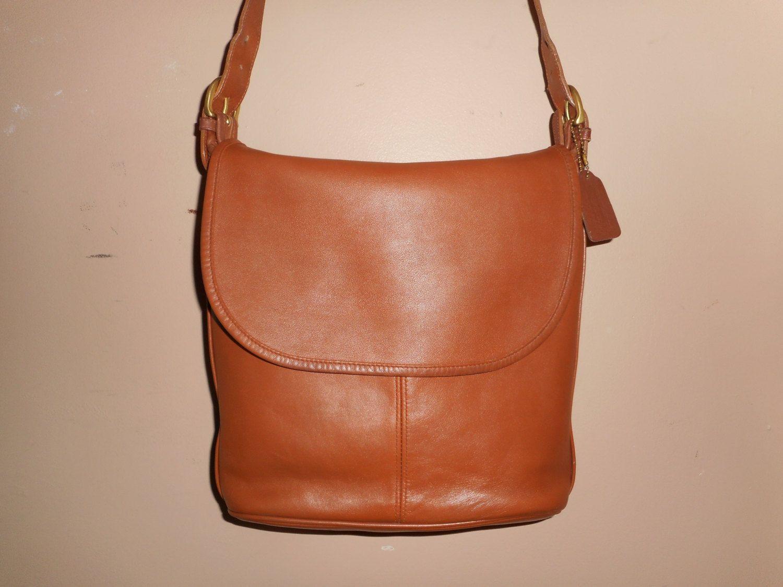 7eccf8523b6f VINTAGE COACH Whitney Bag 12