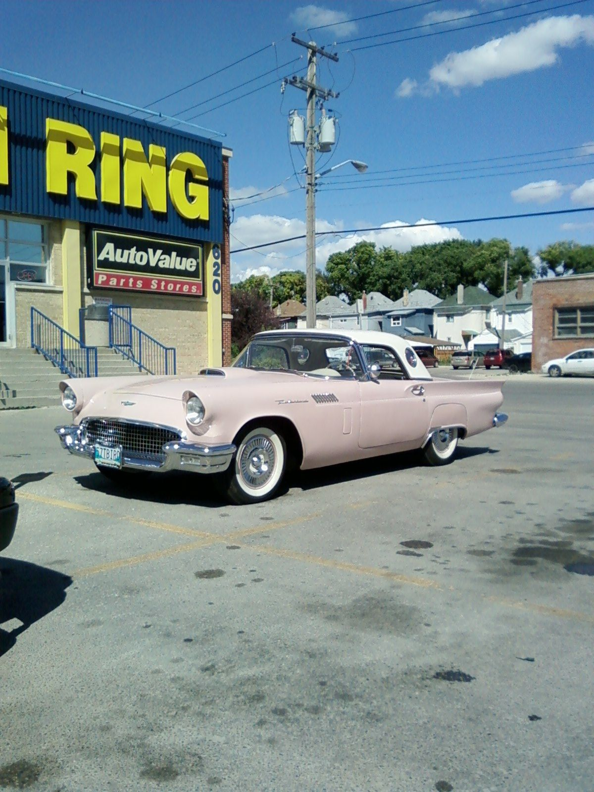 1957 Thunderbird I wanted one sooooo bad when I was a teenager ...