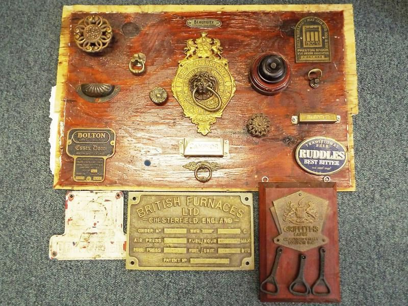 Lot 411: A collection of brass and metal engineering type plates