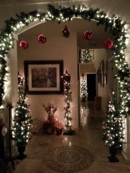 20 Simple Last Minute Christmas Holiday Centerpiece Ideas « homifi.com