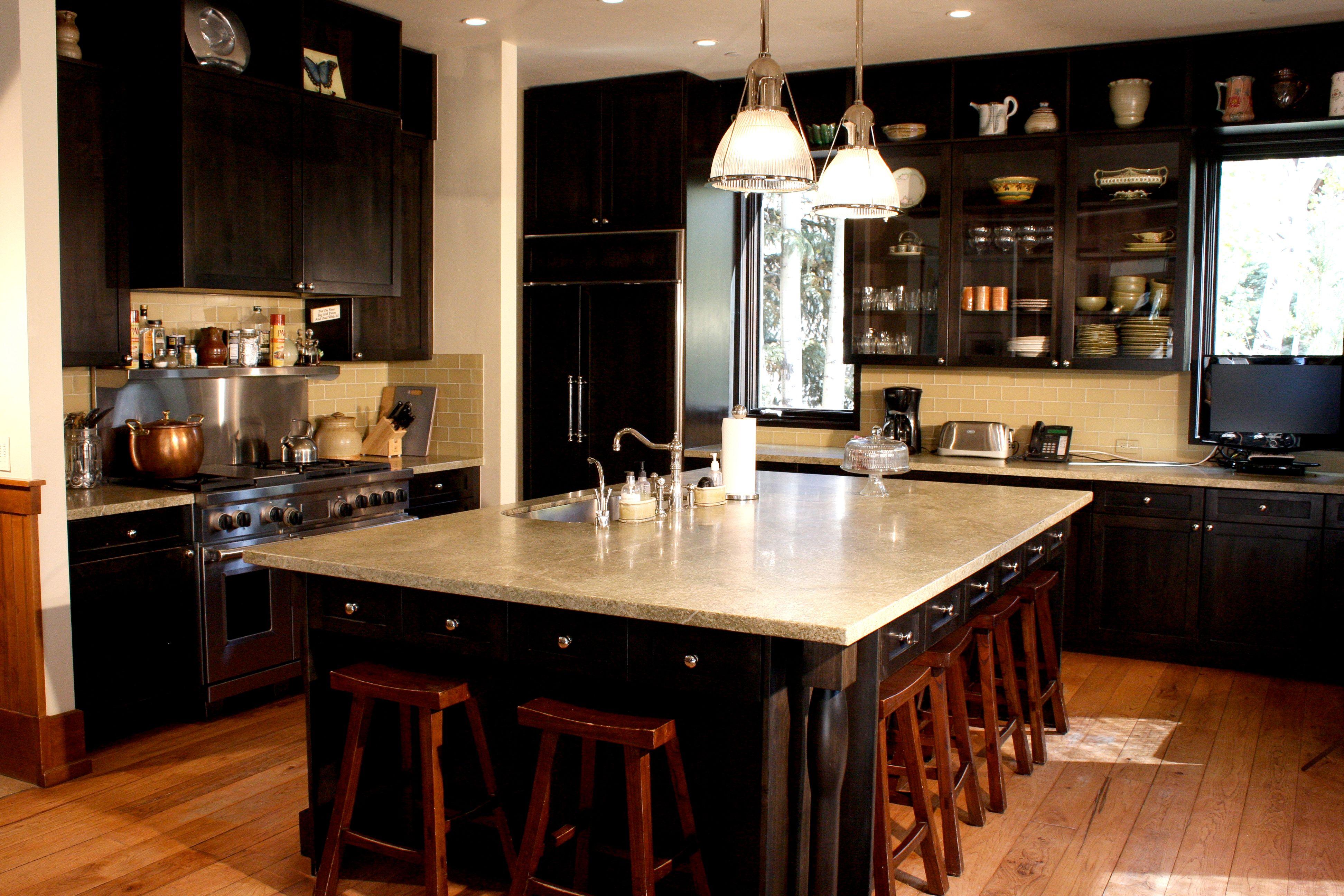 Best Tsm Design Inc Transitional Mountain Kitchen Black 400 x 300