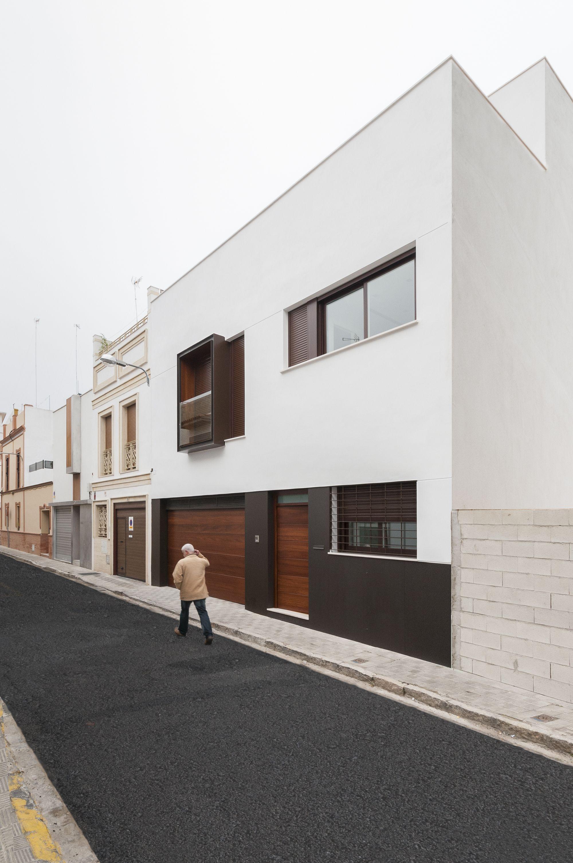 Galería de Casa Nufro / Dinamo Arquitectos - 1 | kleines Häuschen ...