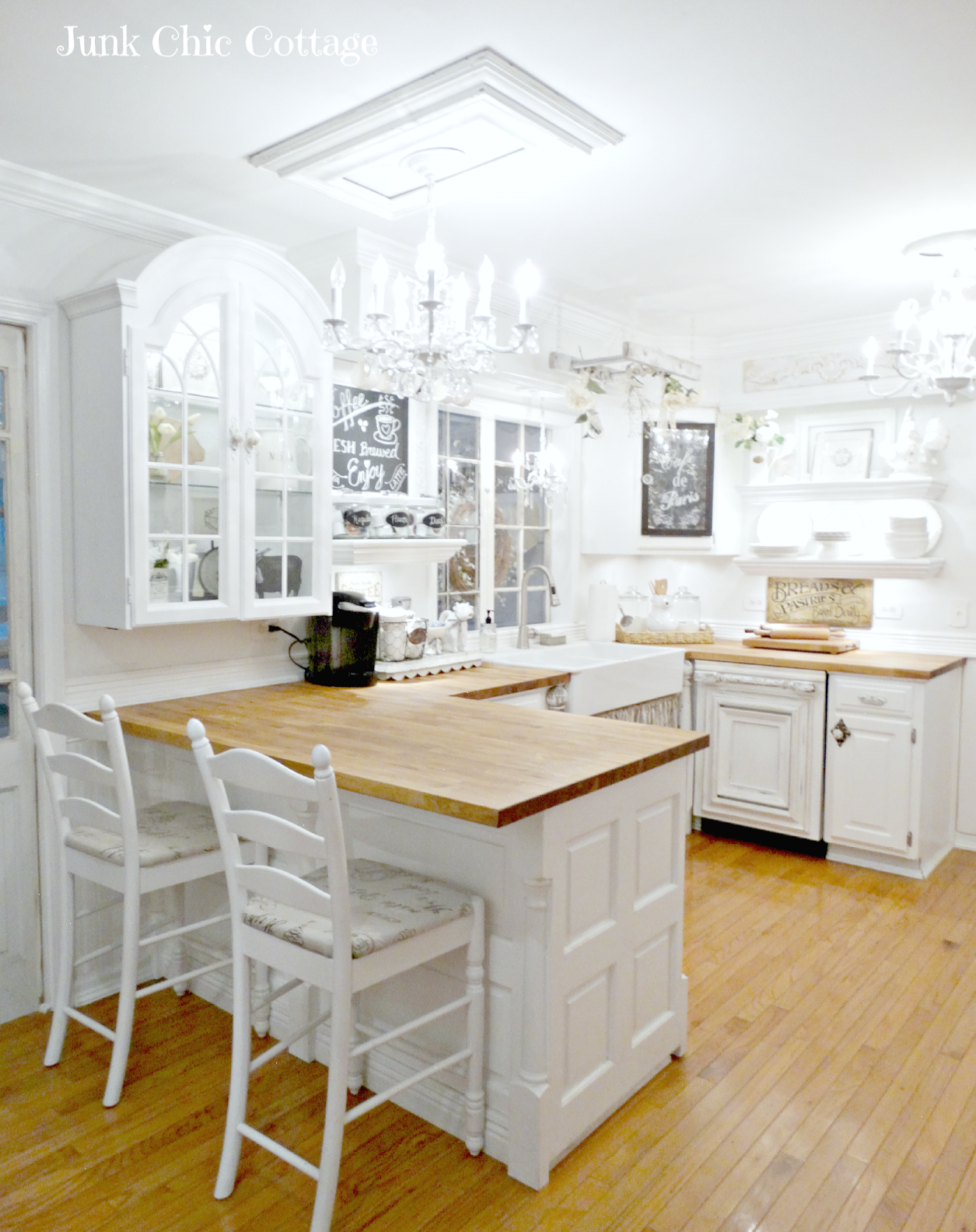 Stunning Cottage Style Homes For Rent #Marvelous