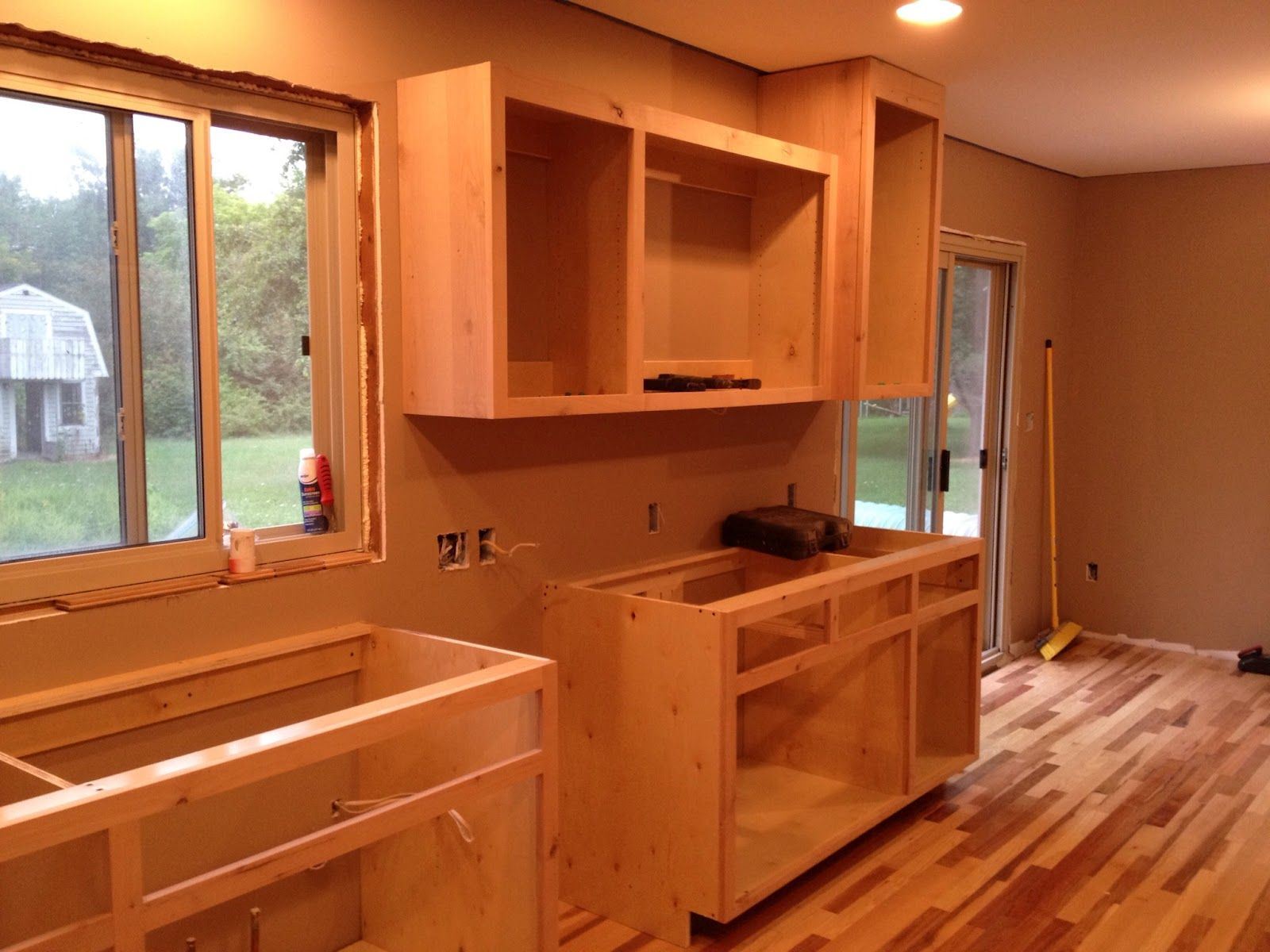 Build your own kitchen Wallpaper | Building kitchen cabinets ...