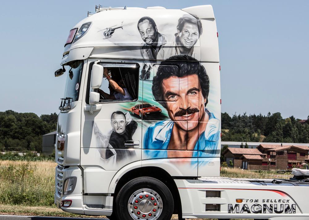 Camion Decore 2019 Recherche Google Camion