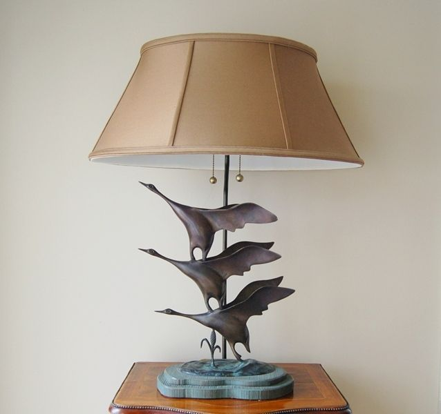 Three Bronze Flying Geese Create The Base Of This Wildlife Lamp An Oval Six Panel Shade Two Bulbs And Pull Chains At Socket