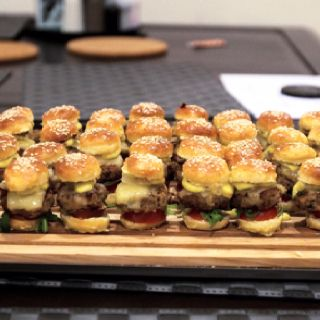 die besten 25 crabby patties ideen auf pinterest burger. Black Bedroom Furniture Sets. Home Design Ideas