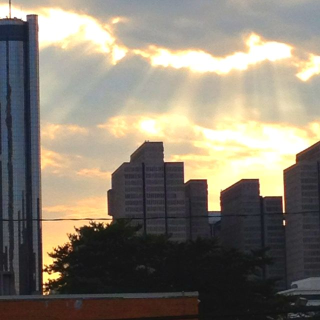 Landscape Of Atlanta: City Of Atlanta Sky With Clouds And Sun Rays