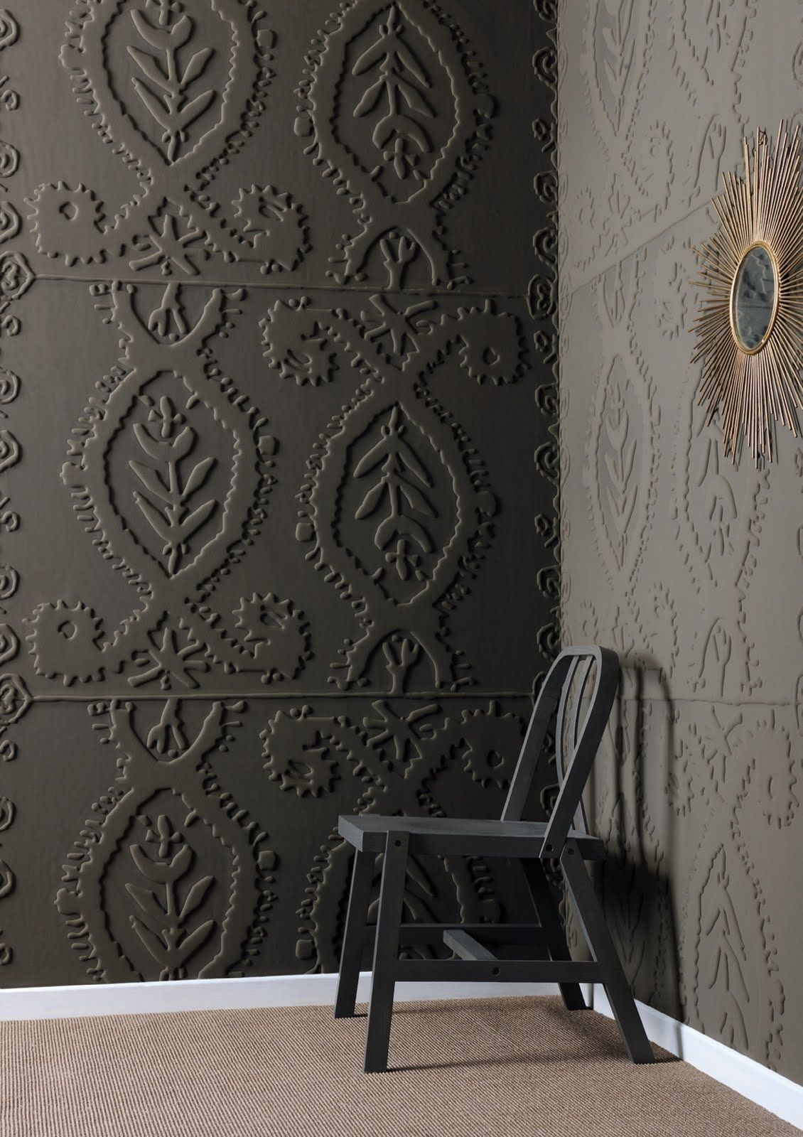 Love the embossed wall surface by elitis materials for Schwarze tapete
