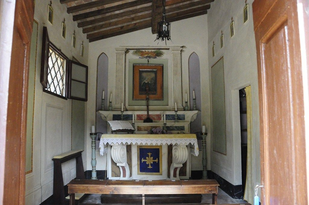 Our small chapel from 1710 for an intimate wedding at Poggio alle Ville