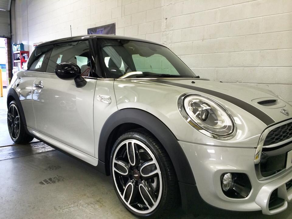 mini cooper s f56 jcw white silver metallic minis pinterest minis cars and car wheels. Black Bedroom Furniture Sets. Home Design Ideas