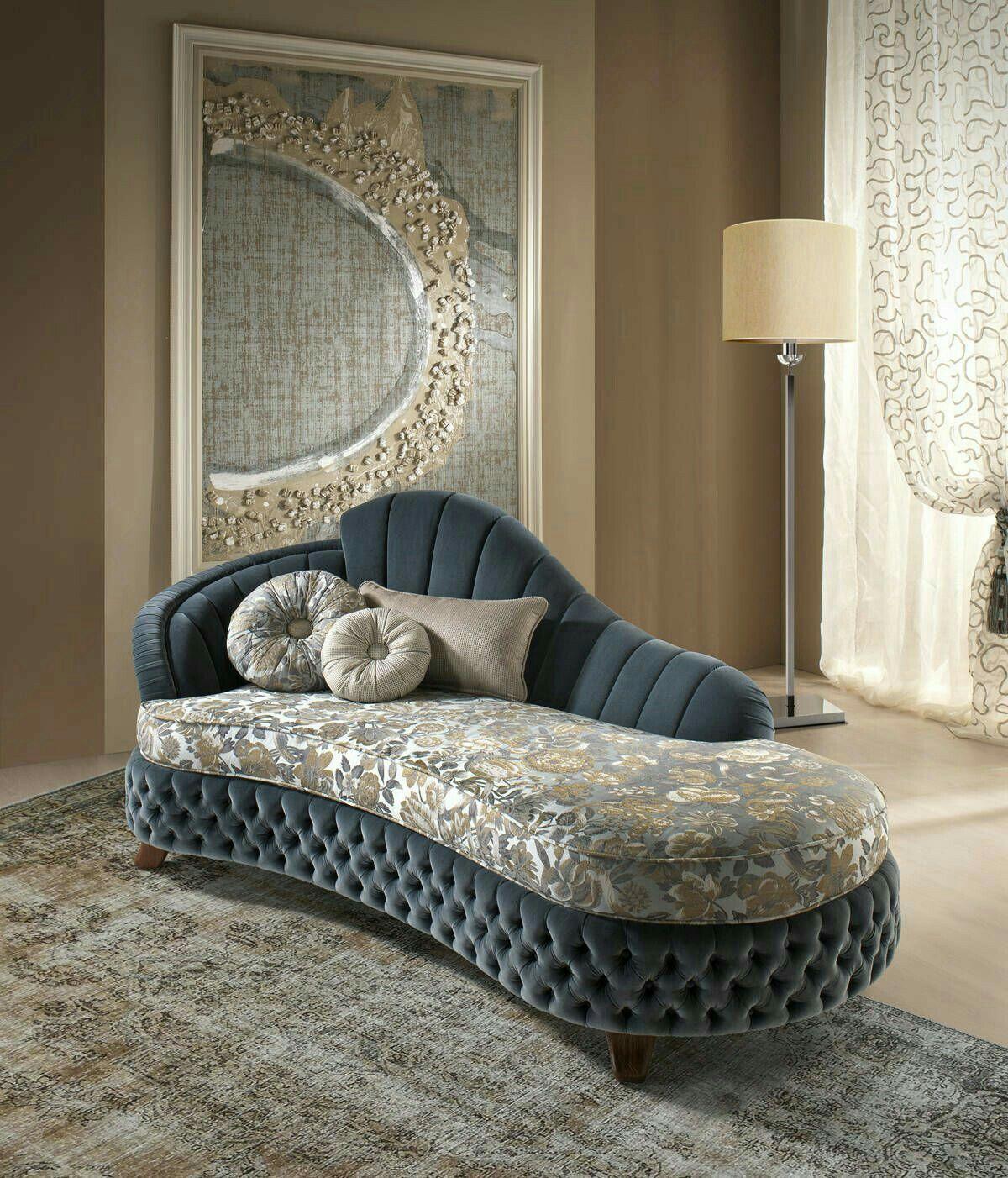 Pin By محمد On Bᴀᴅʀᴏᴏᴍs Cᴏʟʟᴇᴄᴛɪᴏɴ Classic Sofa Designs Modern Sofa Designs Bed Furniture Design