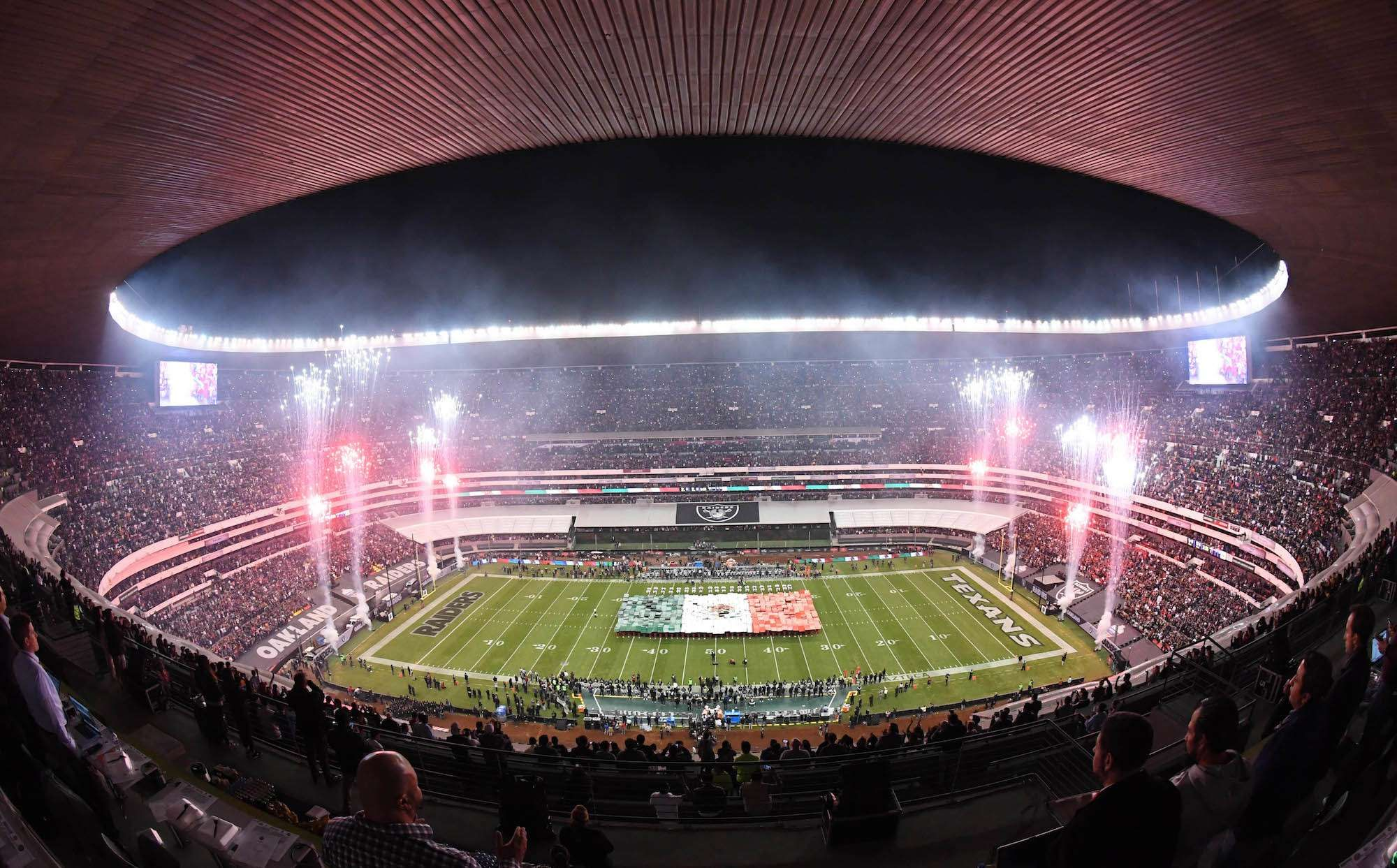 The 30 Biggest Sports Stadiums In The World Ranked By Crowd Capacity New England Patriots Soccer Stadium Sports Stadium