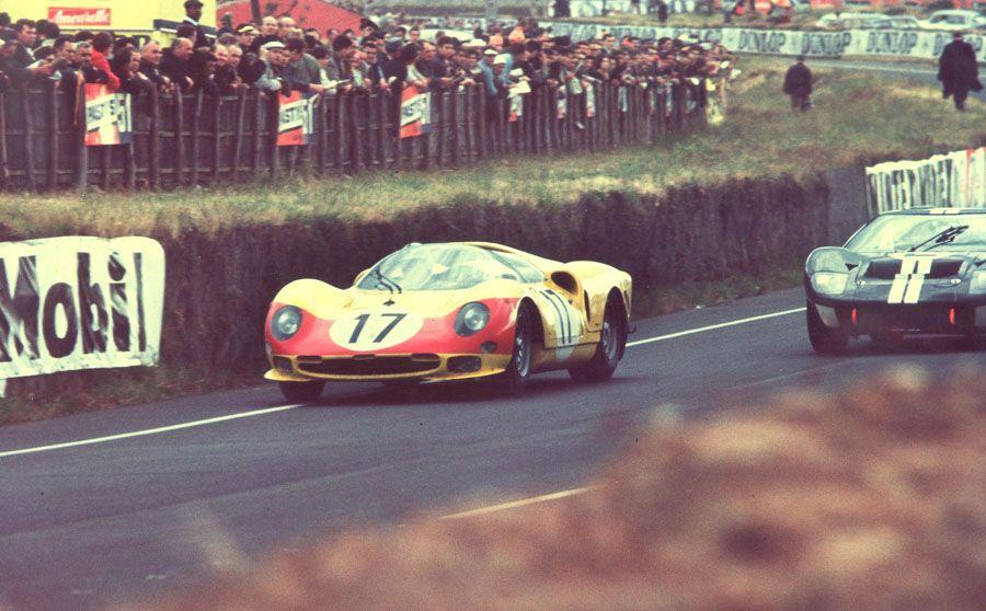 June 18 1966 beuryls and dumay race the ferrari 275p2 - Photo voiture de course ferrari ...